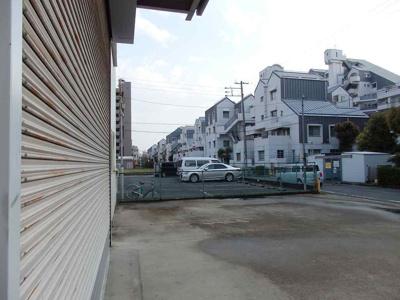 【駐車場】島之内2階建倉庫