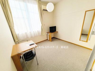 ★1階の部屋の場合は居室の床がフローリングになります 1階はフローリング、2階以上はカーペットタイプとなります。