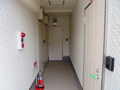 玄関入口★