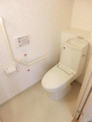 【トイレ】アスタ新長田タワーズコート6番館タワー棟