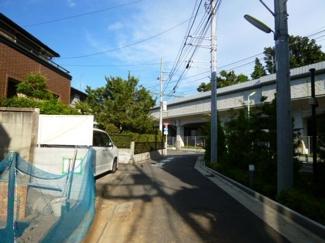 世田谷区経堂3丁目新築一戸建て5680万円前面道路