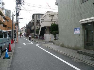 Gフラット (前面道路)