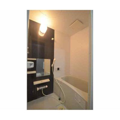 ラブリーレジデンス幕張の浴室