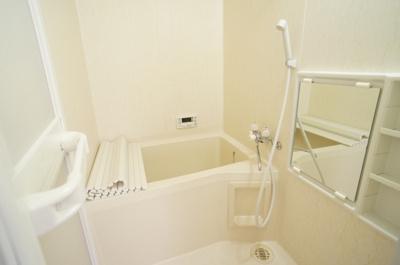 【浴室】タジリ シーサイドヴィラC