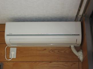 リビングに設置のエアコンです!