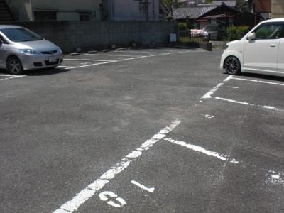 高田モータープール