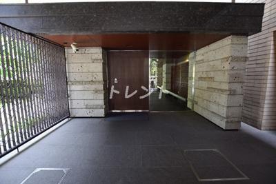 【エントランス】アトラス江戸川アパートメント