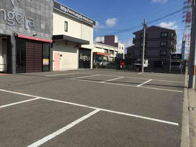 【駐車場】長曽根店舗
