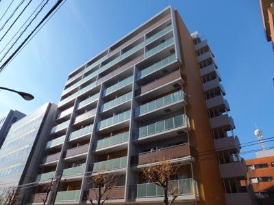 2008年築。鉄筋コンクリート造10階建て