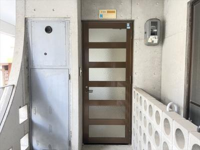 【玄関】フラット山城