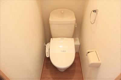お風呂は浴室乾燥機付きです。