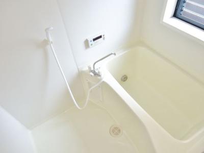 追い炊き機能付きお風呂※写真はイメージです。