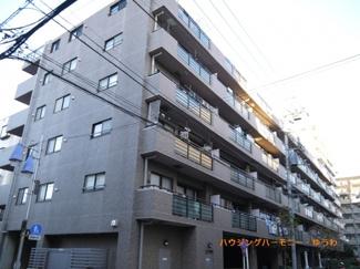 都営三田線「高島平」駅より徒歩1分の好立地。大手町へのアクセスも良好な1DK+2S物件です。