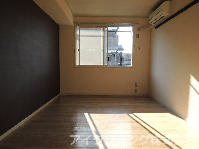 写真は206号室【メゾンドPOST】