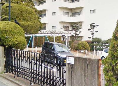 古河平丘台マンション(2LDK) 敷地内に公園