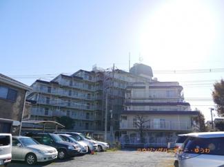 SRC造のしっかりした重厚感あるマンションです。