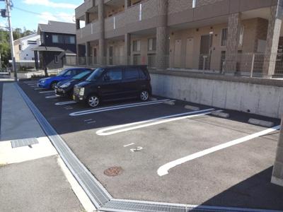 【駐車場】プルメリア