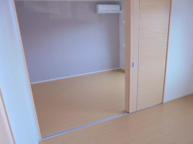 コモドレジデンシア2八尾南 寝室