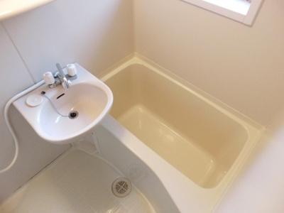 【浴室】カーサ西山町