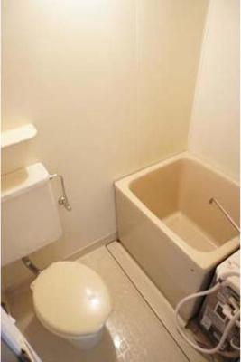 【浴室】STハイツ中の橋
