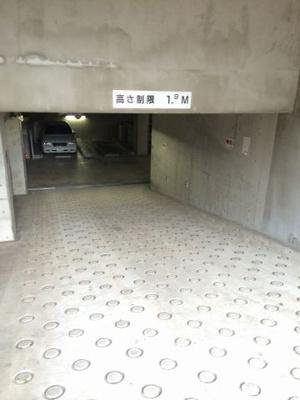 ウインベルデュエット恵比寿の駐車場です。