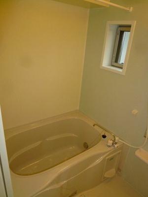 浴室に窓♪追い焚き機能付き