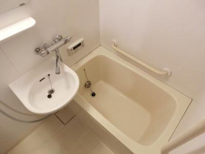 【浴室】アスタ新長田タワーズ2番館コート棟