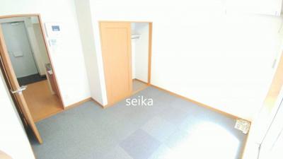 洋室約5.7帖 同タイプ室内※参考写真