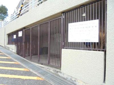 敷地内ゴミ置き場★