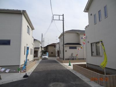 【前面道路含む現地写真】鴻巣市下忍/新築分譲住宅全5棟