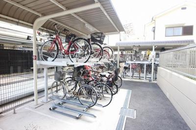 雨から自転車を守ります