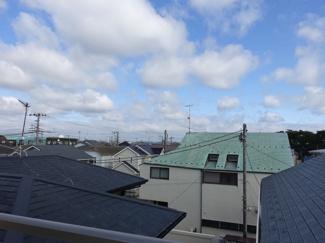 屋上からの東の眺望