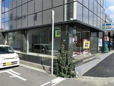【外観】小松里町 26号線沿い 店舗・事務所