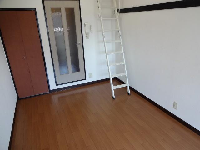 オレンジハウス2 洋室