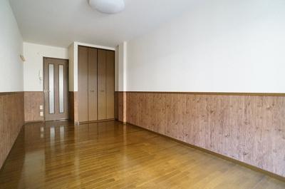 玄関から見えないように、扉も付いています!