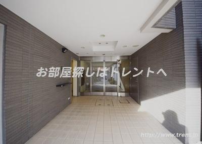 【エントランス】サンヴァーリオ神楽坂