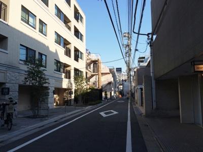 静かな住宅地「渋谷区神宮前」