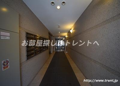【エントランス】ルーブル早稲田参番館