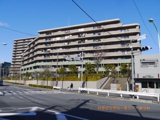 総戸数320戸のビッグコミュニティマンション。子育て世代におススメのマンションです。