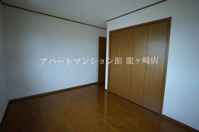 【寝室】ラフィーネ佐貫中央A棟