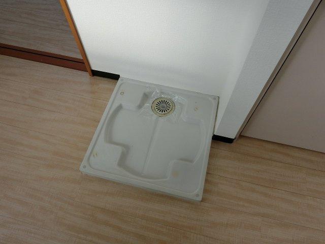 ウエストハイツ(河内国分駅) 室内洗濯機置場