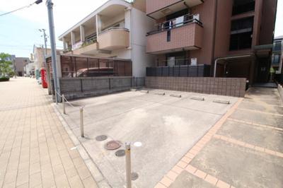 【駐車場】ローズコート