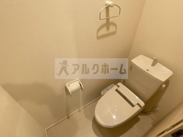 フレシール(三面鏡付き洗面台)