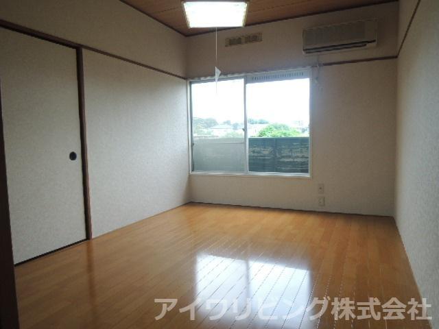 洋室6.0帖【カツザワコーポB】