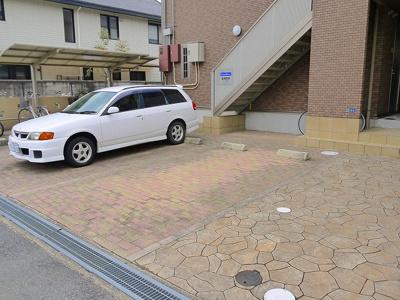 【駐車場】サンハイツ三条添川