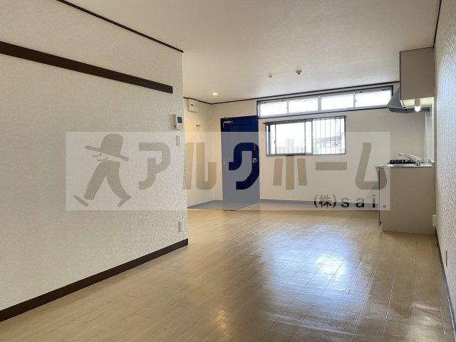 サイドテール高井田(システムキッチン)