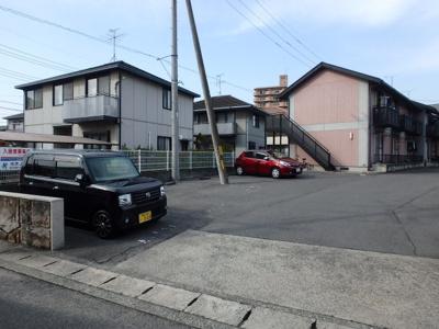 【駐車場】プチプラージュA棟
