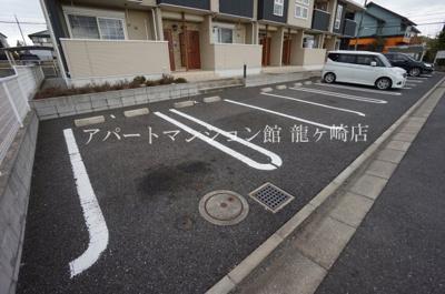 【駐車場】カーサ・ソラーレ