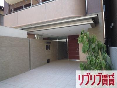【エントランス】セザン新町