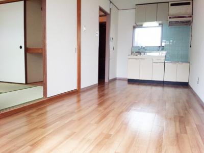 【居間・リビング】ハイツ池田